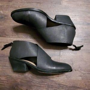 Splendid Black Leather Cutout Booties